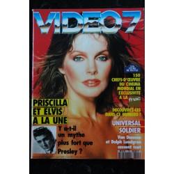 VIDEO 7 124 1992 LES GUIGNOLS Poivre d'ARVOR André TECHINE Errol FLYNN Kevin COSTNER + CAHIER EROTIC
