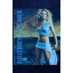 BRITNEY SPEARS - BRITNEY EN SCENE - Livre revue 104 pages avec DVD