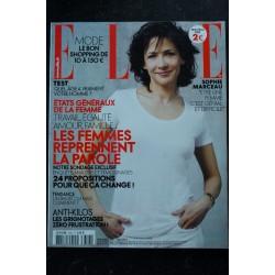 ELLE 3357 30 AVRIL 2010 COVER MALGOSIA BEAUTE SAUVAGE
