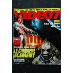 VIDEO 7 185 1998 02 Le Cinquième élément Luc Besson - Liz Hurley+ pas de CAHIER adulte